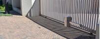 Roue de portail support extérieur